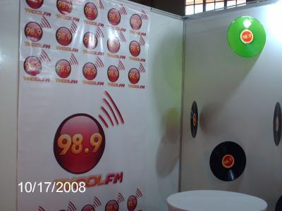 Tv COL 98.9 FM